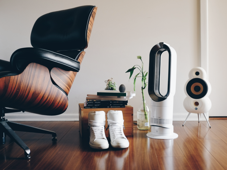 notre test et notre avis sur le ventilateur sans pale dyson am09. Black Bedroom Furniture Sets. Home Design Ideas
