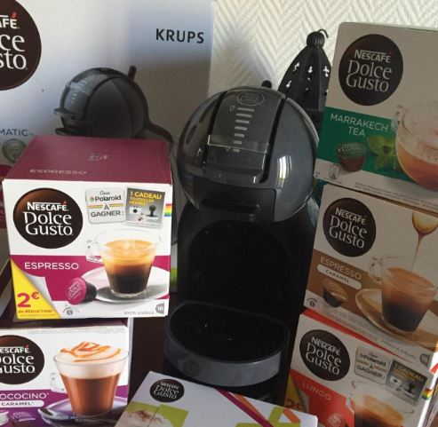 notre avis sur la cafeti re krups mini me dolce gusto yy1500fd air maison. Black Bedroom Furniture Sets. Home Design Ideas